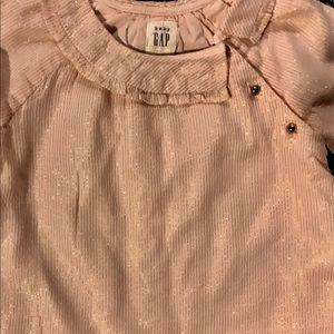 GAP Shirts & Tops - ⬇️Gap blouse size 6-12